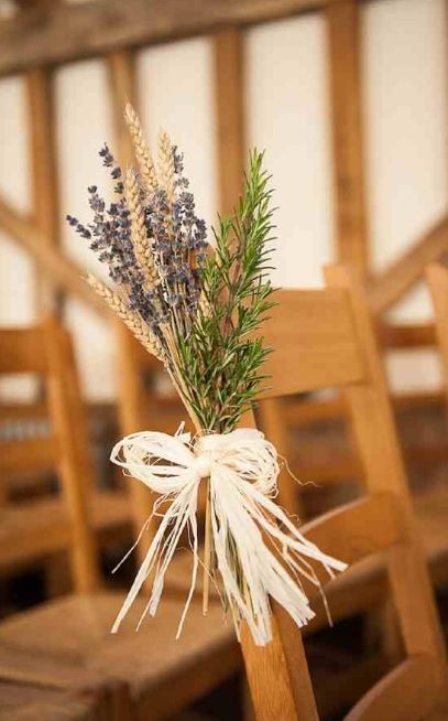Aisle decor idea for a fall wedding dried flowers £5.00