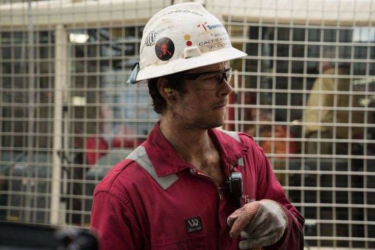 The Best Movies of 2016:      #24. Deepwater Horizon Smart Rating: 87.33 U.S. Box Office Gross: $60,851,700 Release Date: 9/30/16 Starring: Mark Wahlberg, Kurt Russell, Douglas M. Griffin Chief electronics technician Mike Williams ﴾Mark Wahlberg﴿ and other crew members fight for survival when the Deepwater Horizon drilling rig explodes on April 20, 2010, in the Gulf of Mexico.