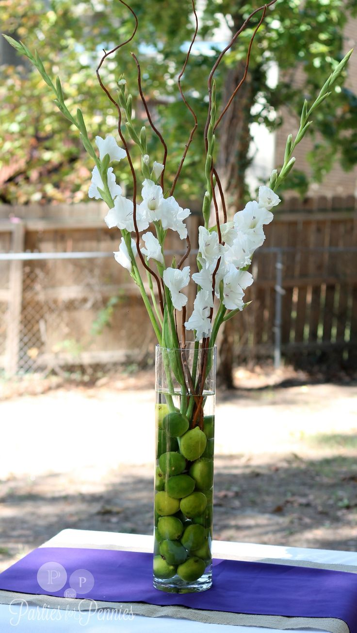 gladiolus wedding centerpieces - like the fruit...follow #Labola.co.za for more fabulous flower trends.