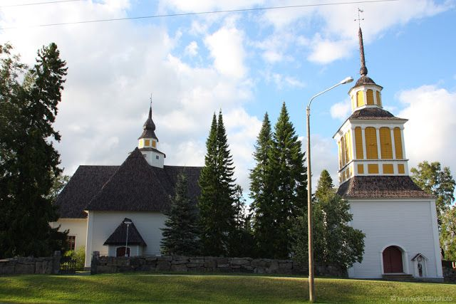 Church of Nurmo and its free-standing bell tower