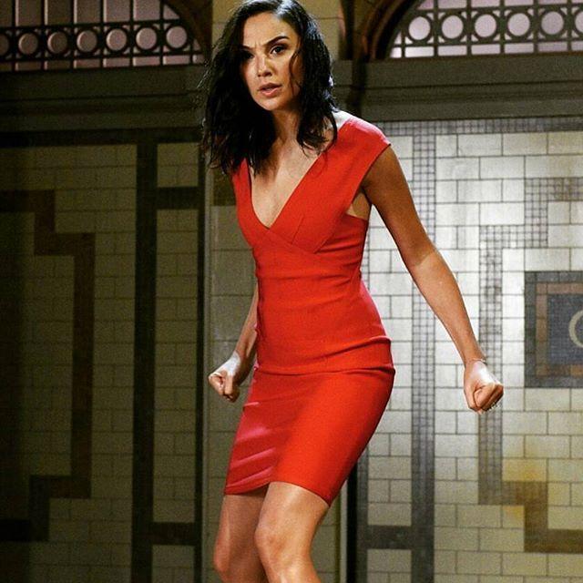 #Repost from @vanzekin018 ・ #NEW Gal's SNL Promo. She will be hosting Saturday Night Live this October 7th!!. @gal_gadot @nbcsnl #galgadot #gal_gadot #nbc #wonderwoman #mujermaravilla #justiceleague #dc #dceu #saturdaynightlive #snl #host #samsmith #InstaSaveApp #QuickSaveApp #galgadotfan