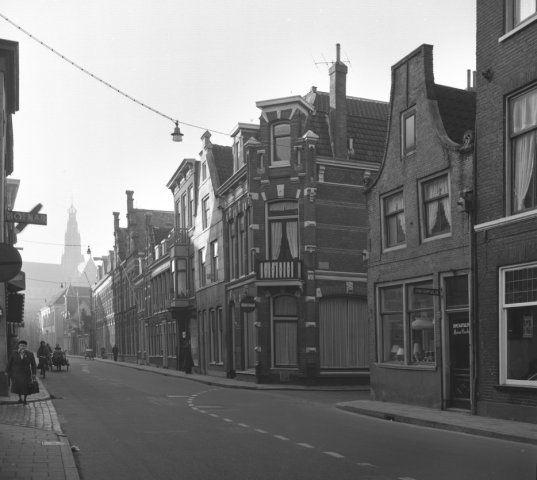 Haarlem 1957 Jansstraat 46-22 (thans Janskliniek) (W.M. Zilver Rupe)