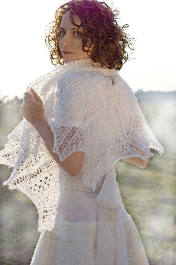 Wedding shawl White Hand knitted shawl Weddings Accessories #WeddingShawl #KnittedShawl #White