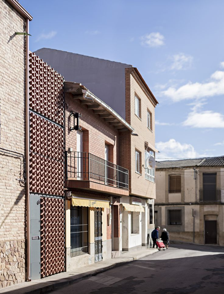 Image 2 of 17 from gallery of Piedrabuena House / MUKAarquitectura. Cortesía de MUKAarquitectura