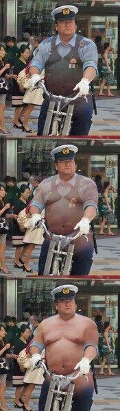 本当に可愛い太め警察官の乳首とお腹を両方触りたいなぁ~~