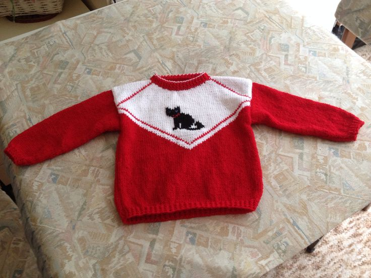 Red & white hand knitted kids sweater with a cat - Rood & witte handgebreide kindertrui met poes