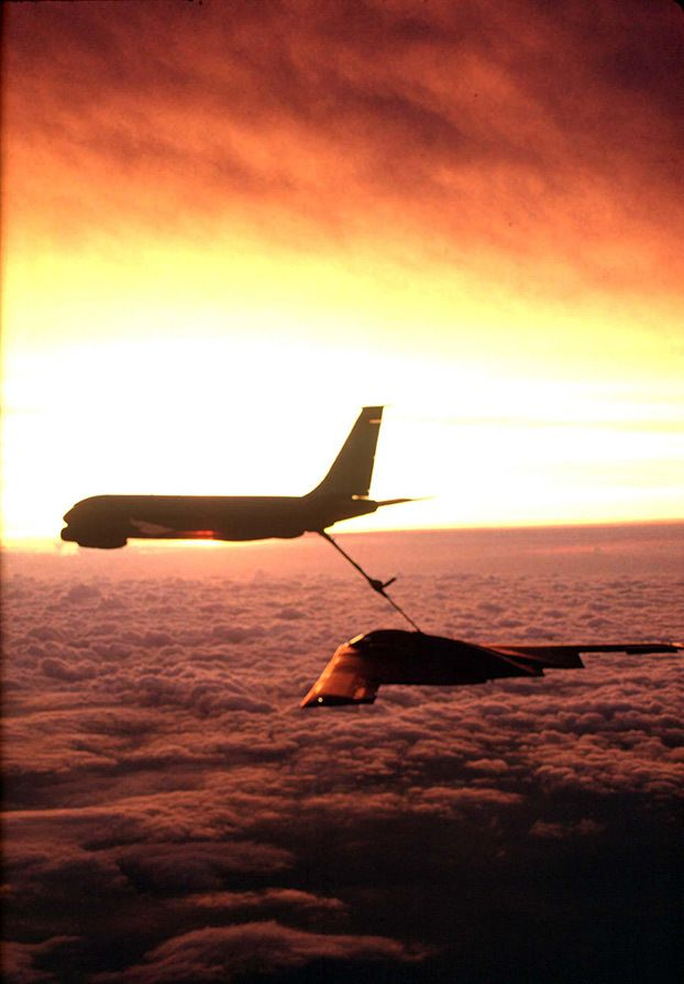 With a beautiful backdrop a KC-135 Stratotanker from McConnell Air Force Base, Kansas, refuels a B-2 Spirit Bomber. Image Credit: U.S. Air Force photo by Senior Master Sgt. Rose Reynolds