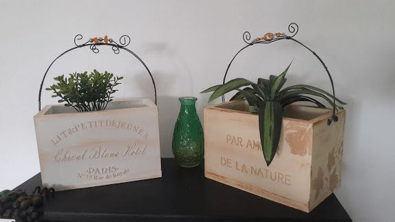 IDEAS PARA RECICLAR Y PINTAR - Small Banner (US) (Landscape) Ideas Para, Place Cards, Banner, Place Card Holders, Landscape, Design, Banner Stands, Scenery