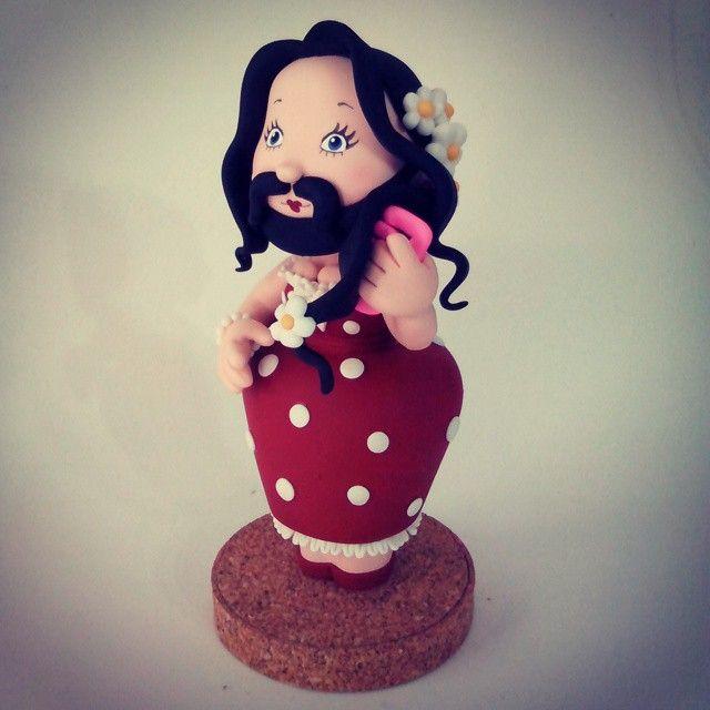 O tema do aniversário é: CIRCO !!!!!! Kkkkk...mulher barbada! Quem aí adivinhou? #lucristalbiscuit #circovintage #handmade #biscuit