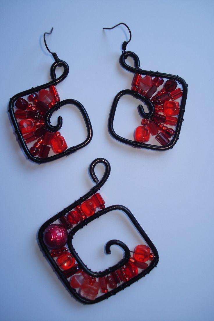 Návody   Drátované šperky   Korálky - návody, rady, informace