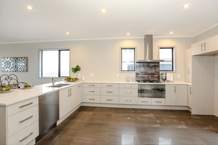 Nothing better then a spacious kitchen, perfect for cooking family dinners!