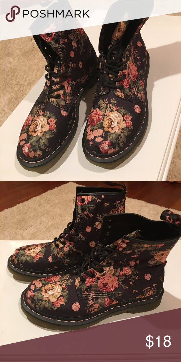 American Eagle boots *****MAJOR SALE. ONE HOUR SPECIAL****Boots from American eagle. Flowery design. Navy. Never worn. Excellent condition. American Eagle Outfitters Shoes Combat & Moto Boots