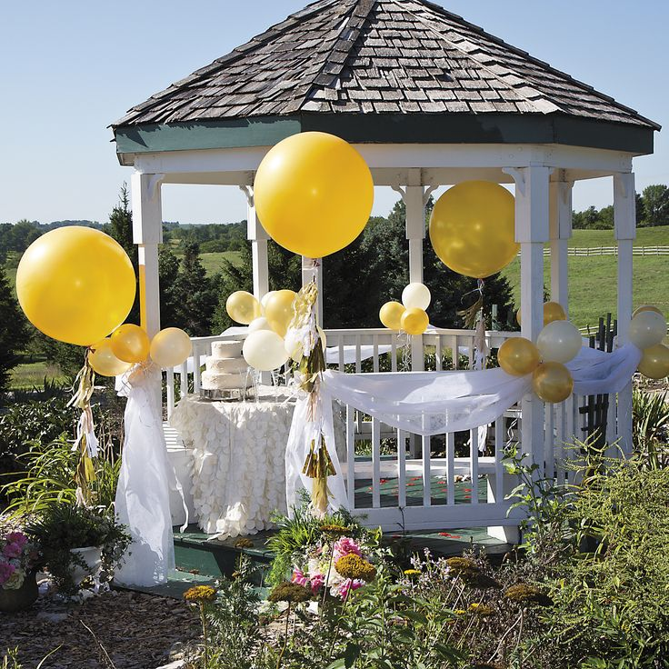 Make These Jumbo Balloons Part Of Your Wedding Decorations