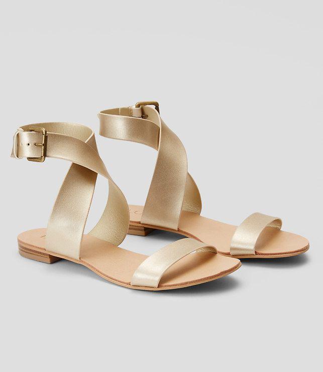 Loft Crossover Flat Sandals