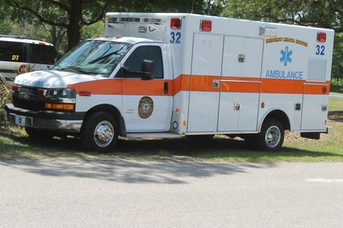 Les 99 meilleures images du tableau ambulance vecicles sur for Mercedes benz coconut creek service