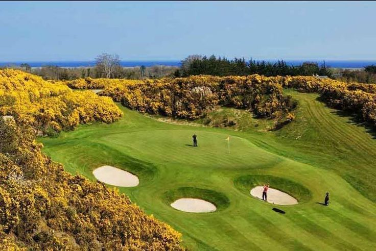 Discount UK Holidays 2017 5* Wicklow Stay, Breakfast & Prosecco for 2 @ Druids Glen Hotel and Golf Resort £145 (at Druids Glen Hotel and Golf Resort) for a luxury 5* overnight stay for two people, including breakfast, bottle of Prosecco and late checkout, £270 for two nights