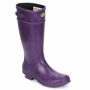 40% off these purple wellies by Superga, click to buy! #shoes #boots #wellies #purple #rubberboots #superga #outlet #sale #uk