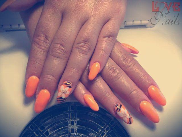 www.rdcosmetic.com Giulia Verbena - onicotecnica #unghie #nail #nailsart
