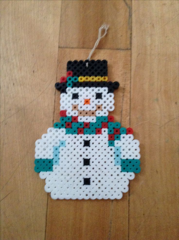 Christmas snowman hama perler beads by Claudia Vendette