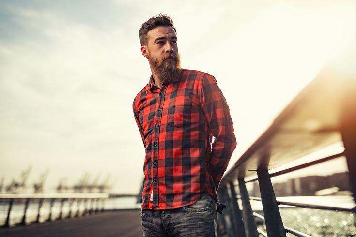Mannen met baarden zijn stoer! Maar ook zijn moeten hun baard tip top houden. Wij hebben de beste verzorging voor 5 baardtypes opgesomd http://nl.metrotime.be/2016/03/30/must-read/zo-blijft-je-baard-tip-top-in-orde/