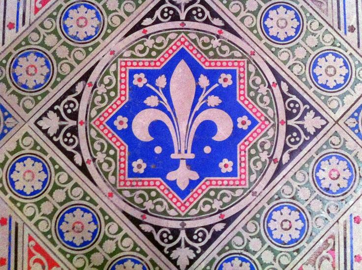floor tile in sainte chapelle