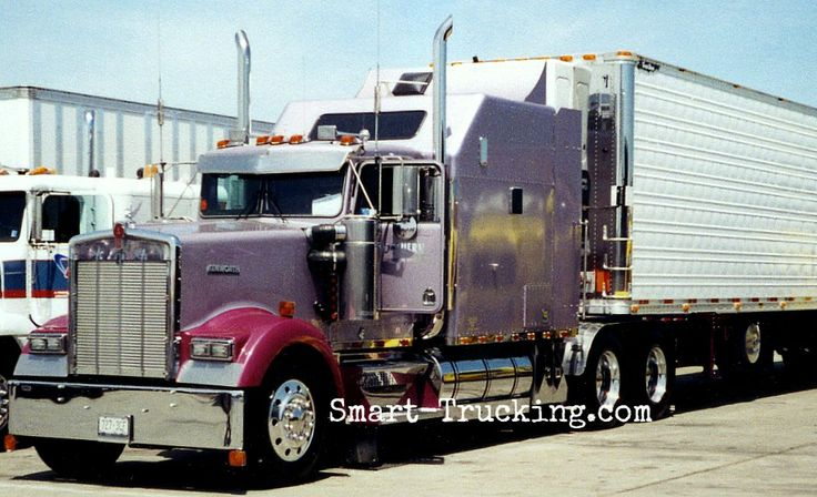 Semi Truck Hoods : Kenworth w b detroit power under the hood
