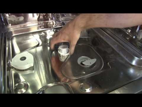 How to replace the dishwasher spray arms on a Hotpoint dishwasher