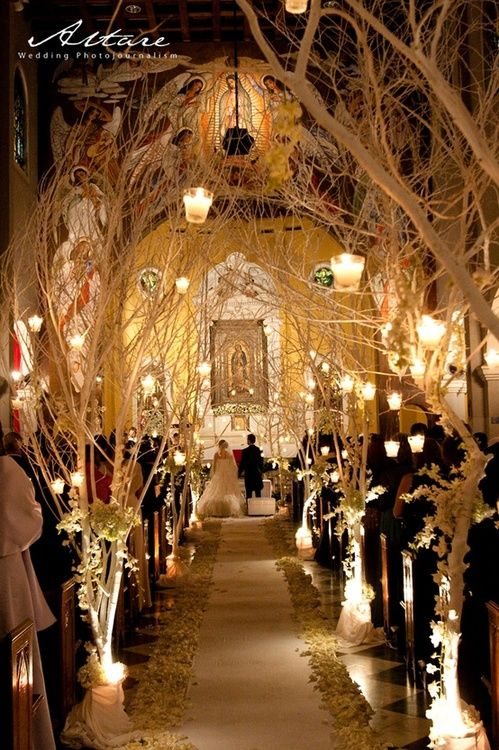 Candles and tall branches make for an elegant romantic venue/reception decoration idea #bridestheshow