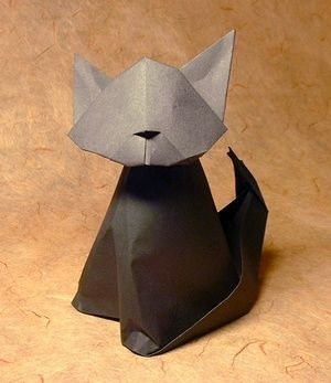 Origami Cat - nodding by Max Hulme folded by Gilad Aharoni