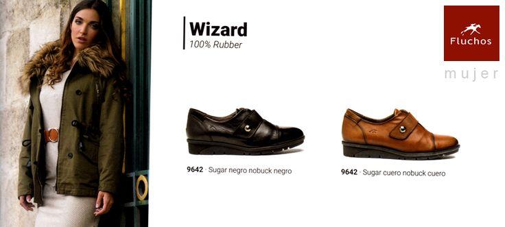 Zapatos Fluchos Mujer modelo Wizard con velcro, en negro y camel