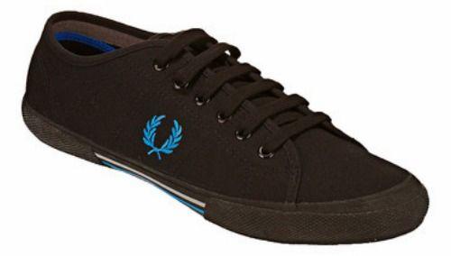 Soldes Chaussures Hommes été 2012 : déjà de grosses promos chez Zalando, Spartoo et MonShowroom