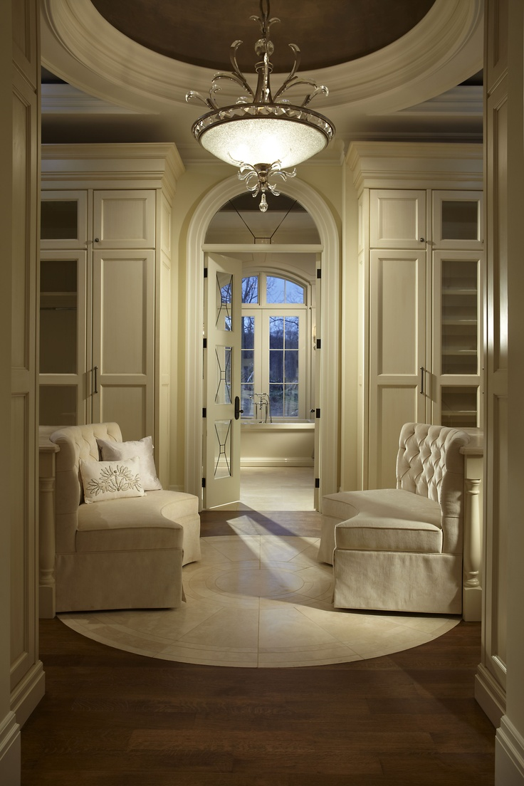A Transitional Style Great Room By Parkyn Design Www Parkyndesign Com: Dressing Rooms, Dresser In Closet And Locker Room