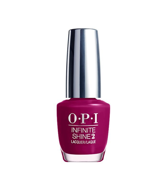 Looking for long-lasting nail polish? Click here for our favorite polishes with major staying power.
