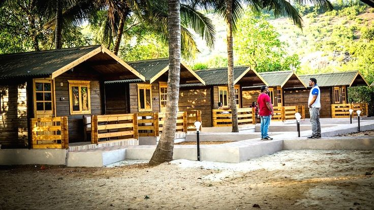 Kudle beach resorts – Kudle ocean front located at beach side in Gokarna. Offering budget hotels, beach side stay in Gokarna. There are many places like Om beach and other places to stay in Gokarna