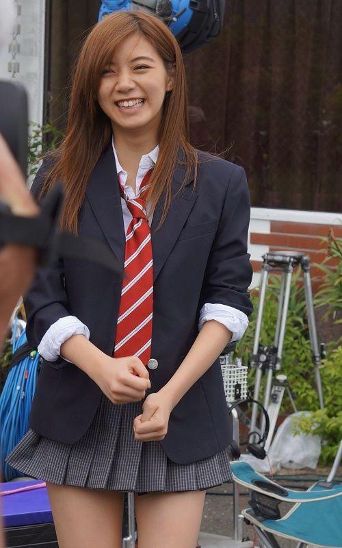 笑顔の池田エライザ
