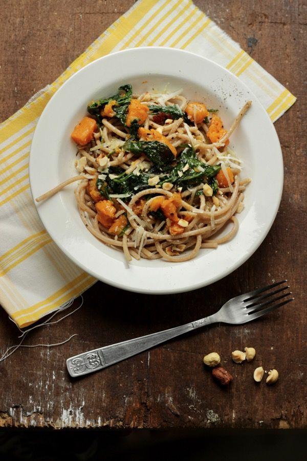 Spaghetti integrali con zucca spinaci e nocciole tostate / provati Nov.2016 ottimi