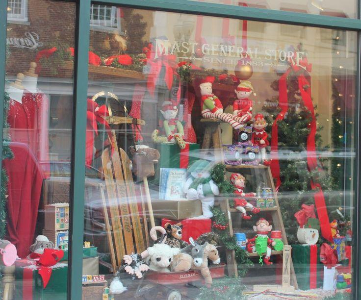 Christmas Window Displays Mast General Store2 Gay Street