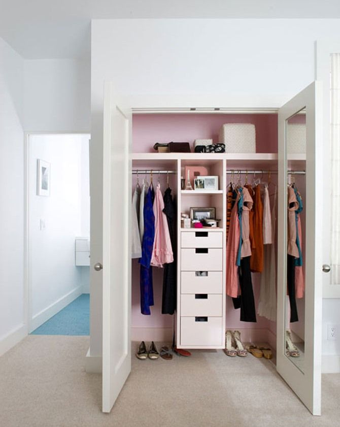 Never Thought About Painting The Inside Of My Closet For The Home Pinterest Wardrobes