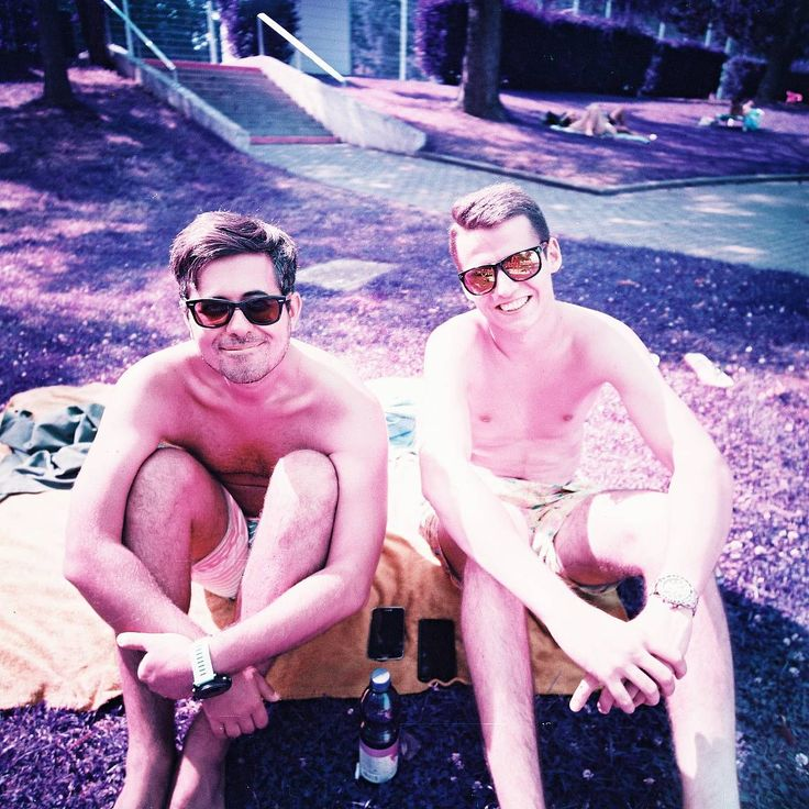 Photo taken with the Lomochrome Purple 120