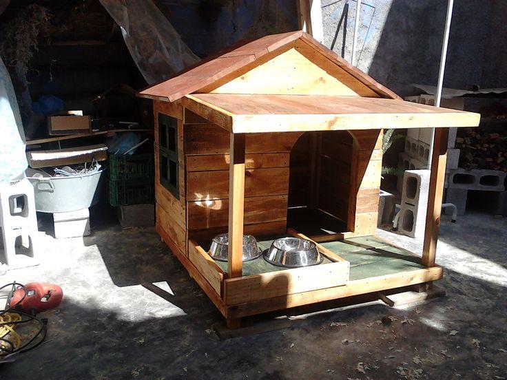 Casa para perro con alimentador y porche desmontable dog - Casas con porche ...
