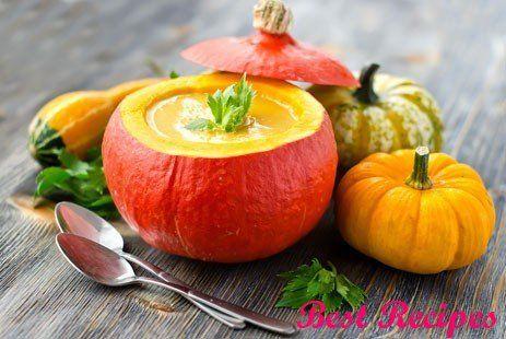 Cream soup in a pumpkin