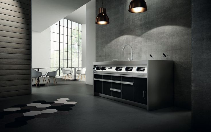 All in stainless #steel, this #kitchen guarantees the maximum durability and functionality. A highly technological an modern #cooking system unfolds within the contemporary and elegant elements of furniture. #Silko #professionalkitchen #interiordesign