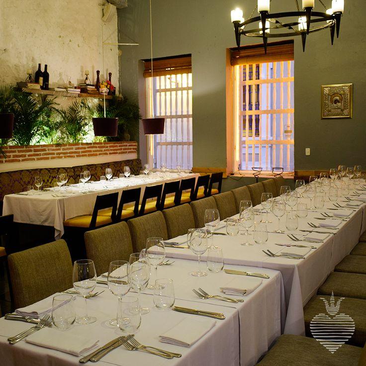 Reserva tu lugar en esta mesa. Te esperamos en #ElSantísimo. Tel: 660 1531 - www.elsantisimo. com