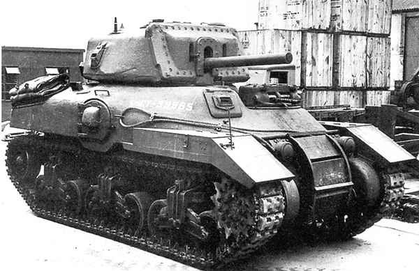 Excellent Front-Right Side View of an Early Ram Mk II (M4A5) Cruiser Tank with the obvious auxiliary machine gun turret (Left Side of Hull) and Side Doors.