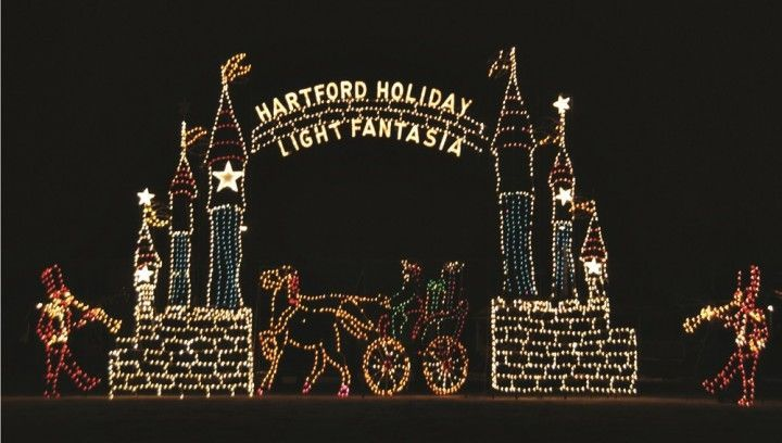 35 Best Christmas Light Displays Across The Country That Are Absolutely Breathtaking Best Christmas Light Displays Best Christmas Lights Christmas Light Displays