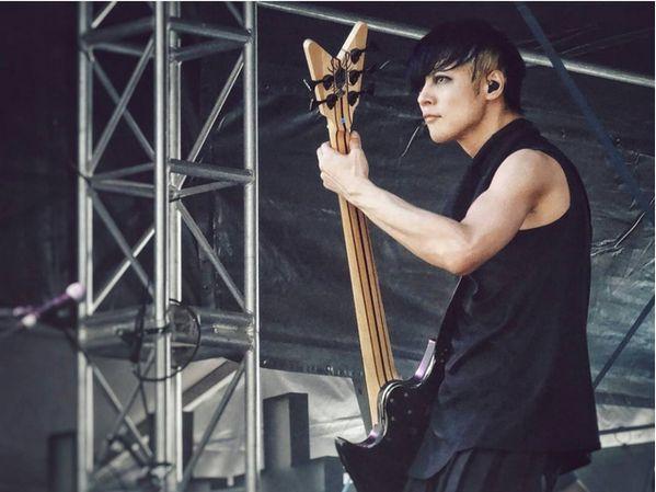 Dir en grey, Toshiya at Soundwave 2014