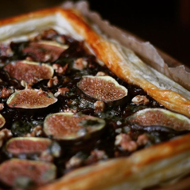 Fig, Blue Cheese and Walnut Tart