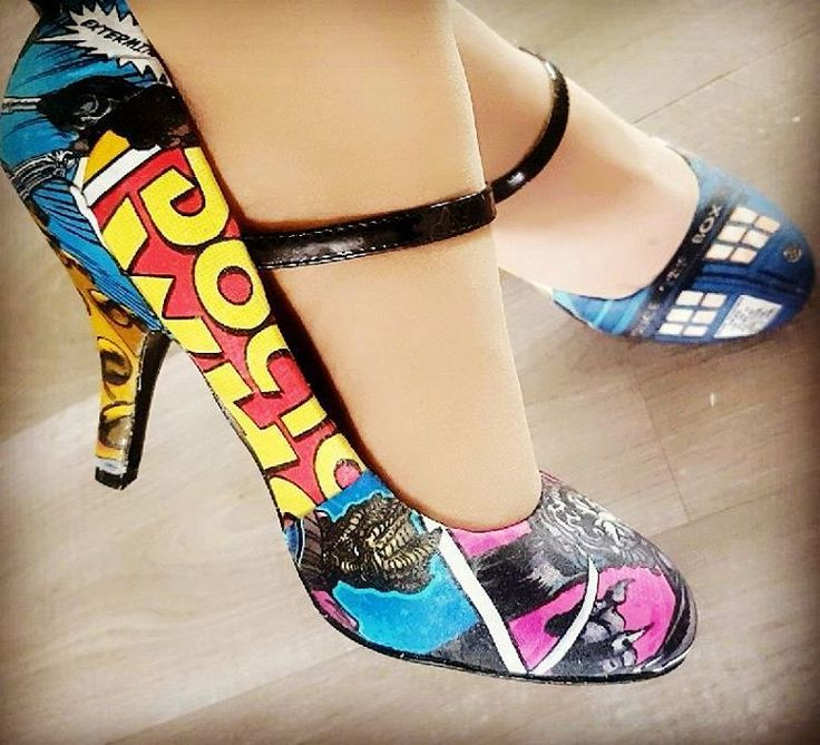 These were my wedding shoes last weekend! I absolutely love them ��  #whovian #doctorwho #geek #bridalshoes #shoes #wedding #bryllup #KogTA #who #exterminate #tardis #pumps #daily @doctorwho_bbca #handmade #comic #comics #nerdy #fantastic #dalek #igwedding #bride #brud #maybride #maibrud #justmarried #love #mine #sko #brudesko #shoelove http://gelinshop.com/ipost/1525265341890377019/?code=BUq1L9LlzU7