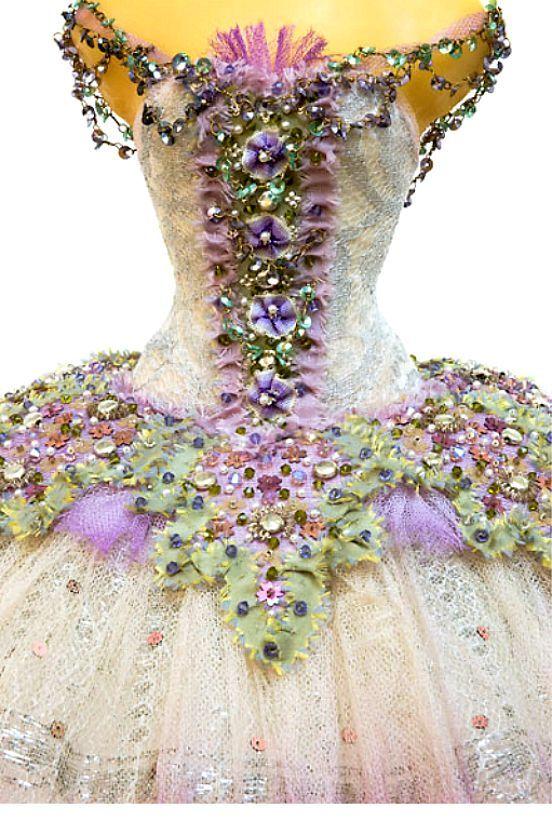 Nefis Balerin Kostümü