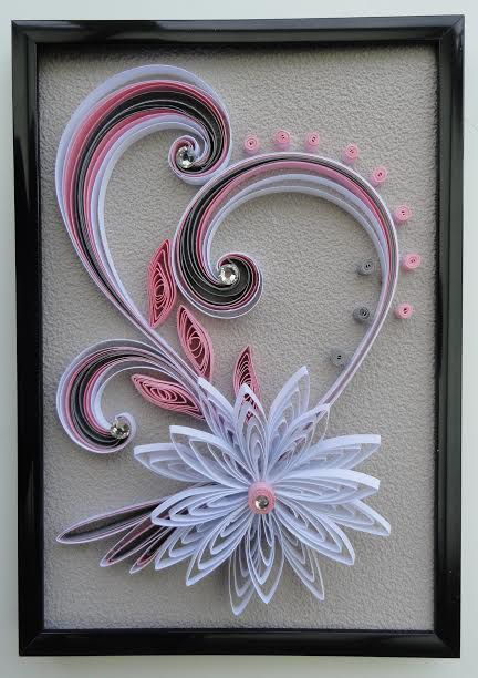 25 best ideas about mod les quilling sur pinterest paperolles quilling fleurs et mod les de. Black Bedroom Furniture Sets. Home Design Ideas